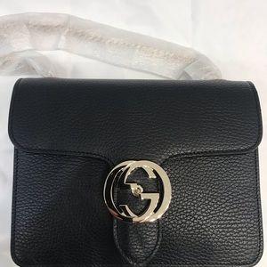 Gucci interlocking chain black leather bag